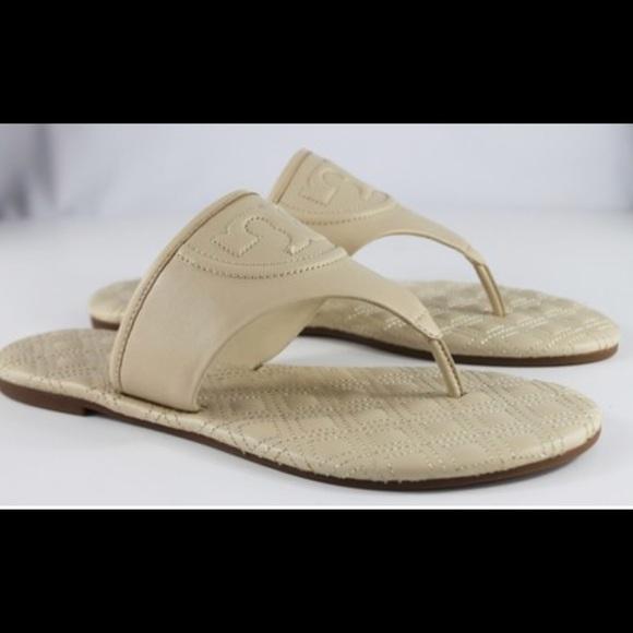 653235884 Tory Burch Fleming Flat Thong Sandal
